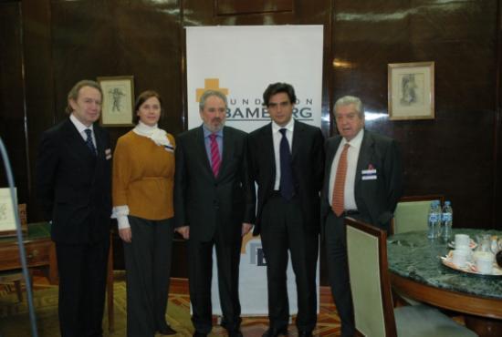 Organizadores del evento y Autoridades Sanitarias