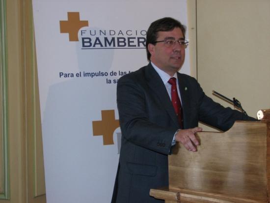 Guillermo Fernández Vara en su intervención de agradecimiento