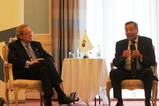 Ignacio Para con el Secretario de Estado de Salud de Portugal